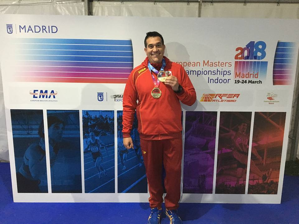 David Moreno, campió d'Europa Màster M35 pista coberta en martell pesat